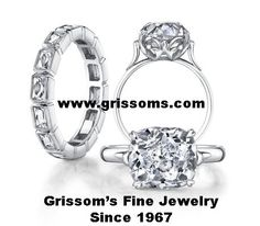 Cushion solitaire and wedding band in Platinum