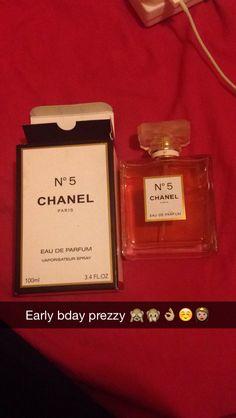 Amazing no.5 channel purfume !