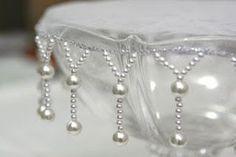 cobre jarra com perolas - Pesquisa Google Beaded Embroidery, Hand Embroidery, Decorative Hand Towels, Saree Tassels, Fabric Beads, Beading Projects, Bead Crafts, Bead Art, Beaded Jewelry