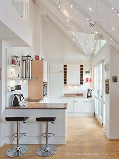 Die 17 besten Bilder von küche | Kitchen dining, Condo kitchen und ...