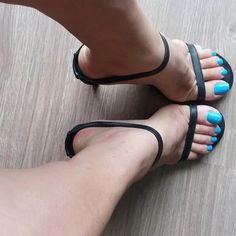 high heels – High Heels Daily Heels, stilettos and women's Shoes Hot Heels, Black Heels, Close Up, Cute Toes, Pretty Toes, Beautiful Toes, Pointed Heels, Sexy Toes, Female Feet