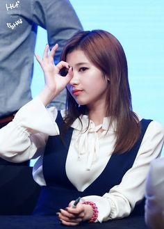 Sana Minatozaki, Twice Sana, K Pop Music, Reality Tv Shows, Cosplay, Peek A Boos, Beautiful Asian Girls, Korean Girl Groups, Pretty Woman