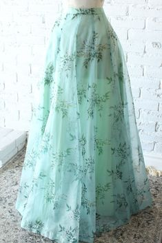 Mint floral organza skirt with pockets. Hidden side hooks and adjustable at Fully lined. Indian Designer Outfits, Indian Outfits, Designer Dresses, Indian Designers, Designer Clothing, Frock Fashion, Skirt Fashion, Fashion Dresses, Fashion Fashion