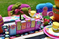 alice-in-wonderland-party-decors.jpg (432×286)