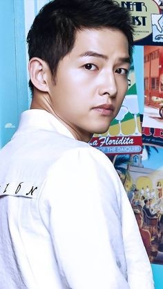 that's Song Joong-ki Descendants, Song Joong Ki Cute, Song Joong Ki Photoshoot, Song Joong Ki Birthday, Soon Joong Ki, Sun Song, Sungkyunkwan Scandal, Korean Drama Series, Songsong Couple