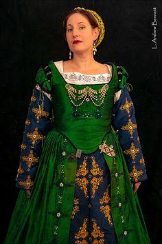 Renaissance Dress Tudor Elizabethan Costume par DesignsFromTime