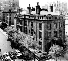 Once upon a time...Mister J.P. Morgan's house, NY - Madison Ave. & 36th St.  His house on Madison Avenue was the first electrically lit private residence in New York. His interest in the new technology was a result of his financing Thomas Edison's Edison Electric Illuminating Company in 1878.