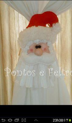 menino_(a)_cortina_(1) - Buscar con Google Christmas Decorations To Make, Christmas Projects, Christmas Humor, Christmas Crafts, Merry Christmas, Holiday Decor, Doll Patterns, Diy And Crafts, Santa