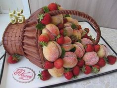 VK is the largest European social network with more than 100 million active users. Pretty Birthday Cakes, Adult Birthday Cakes, Fondant People Tutorial, Beautiful Cakes, Amazing Cakes, Rodjendanske Torte, Bolo Floral, Cake Blog, Baking With Kids
