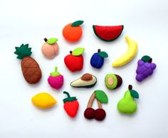 Felt Fruits and Berries - Fridge magnets - CHOOSE YOUR ITEMS - Price per 1 item - make your own set