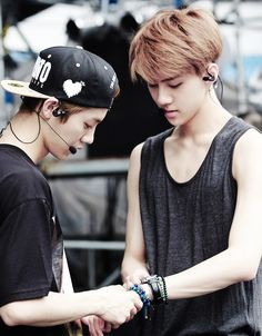 luhan and sehun ♡ #exo awww haha so cute hunhan