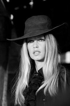 Terry O'Neill - Brigitte Bardot, Spain 1971