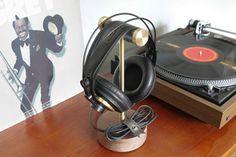 Headphone Stand 1.jpg