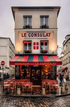 Le Consulat Café: a historic coffee house in the heart of Montmartre, Paris, France Montmartre Paris, Paris Paris, Paris Street, Rainy Paris, Europe Street, Paris Winter, Paris Love, Paris City, Restaurant Paris