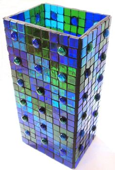 Sininen mosaiikkilyhty - Blue mosaic lantern #mosaiikki #mosaic #mosaik #diymosaic #mosaicmaterials #mosaiikkilyhty #lyhty #teeseitse Mosaic Art, Mosaic Glass, Mosaic Supplies, Website, Toys, How To Make, Lanterns, Candles, Activity Toys