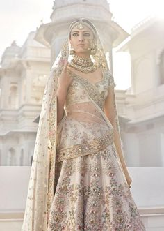 Looking for Bridal Lehenga for your wedding ? Dulhaniyaa curated the list of Best Bridal Wear Store with variety of Bridal Lehenga with their prices Indian Bridal Outfits, Indian Bridal Wear, Pakistani Bridal, Indian Dresses, Indian Bridal Couture, Bridal Sari, Indian Bridal Lehenga, Asian Bridal, Indian Clothes