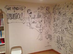 """Nuno Markl (Facebook) 12/11/2014:  """"Quatro horas de desenhos sem interrupção... Numa das paredes da biblioteca: Eça, Pessoa, Camões, Wally e extraterrestres. (Ilustrando a biblioteca infantil do Centro de Alojamento Temporário de Tercena)."""