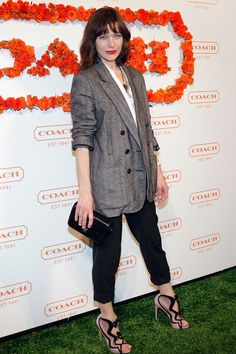 Love Milla Jovovich's heels