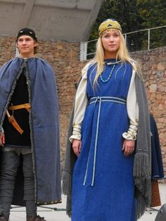 Curonian (Western Latvia, Northern Lithuania) archeological women's outfit. #Medieval #costume #Europe