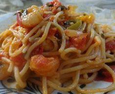 Μακαρόνια με γαριδούλες !!! ~ ΜΑΓΕΙΡΙΚΗ ΚΑΙ ΣΥΝΤΑΓΕΣ 2 Cookbook Recipes, Cooking Recipes, Fish Recipes, Recipies, Baked Pasta Dishes, Pasta Bake, Seafood, Spaghetti, Appetizers