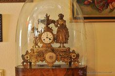 Reloj Antiguo en urna de cristal / Relojes en todocoleccion