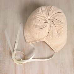 Baby Knitting Patterns Jumpsuit Baby Bonnet / Knitting Instructions in English / 6 Sizes : Newborn, 3 months, 6 . Baby Knitting Patterns, Knitting Designs, Baby Patterns, Baby Bonnet Pattern, Tunic Pattern, Bonnet Hat, Baby Bonnets, Circular Knitting Needles, Knitted Hats