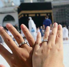 Muslim Couple Quotes, Cute Muslim Couples, Muslim Love Quotes, Love In Islam, Islamic Love Quotes, Cute Couples Goals, Couple Goals, Mecca Wallpaper, Islamic Wallpaper