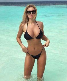 Denise Milani Jeans Non Nude