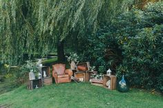 Un mariage simple et nature à Lille Home Wedding, Wedding Sets, Diy Wedding, Wedding Venue Decorations, Wedding Venues, Photos Booth, Perfect Marriage, Outdoor Furniture Sets, Outdoor Decor