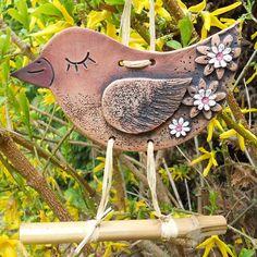Těším se na jaro... / Zboží prodejce Keramika Halama | Fler.cz Clay Birds, Ceramic Birds, Ceramic Animals, Ceramic Clay, Barn Wood Crafts, Farm Crafts, Metal Crafts, Ceramic Workshop, Pottery Animals