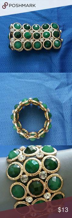 BRACELET ( LIKE NEW ) BRACELET ( LIKE NEW ) Jewelry Bracelets
