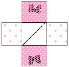http://fazendoanossafesta.com.br/2011/12/minnie-rosa-kit-completo-com-molduras-para-convites-rotulos-para-guloseimas-lembrancinhas-e-imagens.html