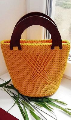 Glamorous Crochet Bag Patterns for Summer 2019 - Page 54 of 81 - Womens ideas Would you like to enter the summer season with a unique crochet bag model that no one else has? If your answer is yes you should definitely look at these handmade knitted bags! Popular Crochet, Unique Crochet, Beautiful Crochet, Crochet Handbags, Crochet Purses, Handmade Handbags, Handmade Bags, Knitted Bags, Fashion Bags