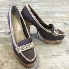 COLIN STUART Heels Perfect for jeans! Super comfy! They can be paired with a plain t-shirt or blouse and blazer duo. Colin Stuart Shoes