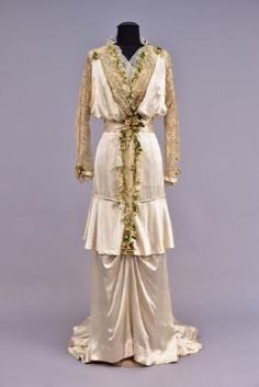 TRAINED SILK WEDDING GOWN with ACCESSORIES, 1914