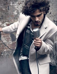 mt pala003 800x1042 Marlon Teixeira Appears in El Palacio de Hierro Fall/Winter 2013 Catalogue