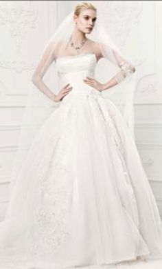Zac Posen Truly ZP341400 4: buy this dress for a fraction of the salon price on PreOwnedWeddingDresses.com