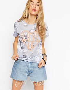 ASOS+T-Shirt+in+Floral+with+LA+Love+Embroidery