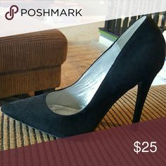 🎀2-DAY FLASH SALE🎀 Size 12W, Black Suede Pumps NWT  Faux suede  pointed-toe  4-inch heel Hot Tomato Shoes Heels