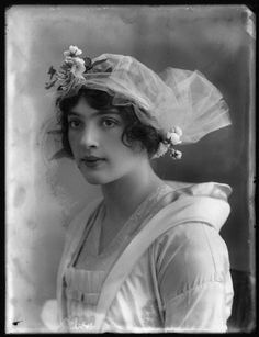 Laura Cowie by Bassano 1914