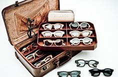 Eyeglass Display - Retro Suitcase and Tray