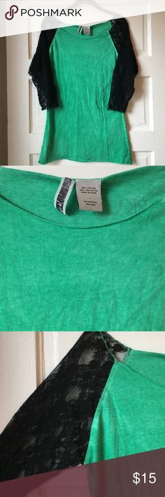 BKE green tee with 3/4 black lace sleeves Cute Buckle brand tee, great colors, perfect for spring! Some slight pilling, GUC. BKE Tops Tees - Short Sleeve
