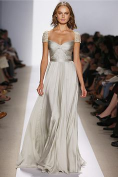 wedding bodice crepe elegant flowy mermaid silk simple Reem Acra Spring 2008 Floor Length Cap Sleeve Gown Ivory this needs to be my wedding gown Reem Acra Wedding Dress, Reem Acra Bridal, Dress Wedding, Bridal Gowns, Ivory Wedding, Silver Wedding Dresses, Black Tie Wedding Guest Dress, Sparkle Wedding, Peacock Wedding