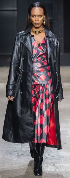 Marni Fall-winter - Ready-to-Wear Long Leather Coat, Leather Jacket, Sandra Backlund, Leder Outfits, Christopher Bailey, Marni, Diane Von Furstenberg, Sexy Outfits, Ready To Wear