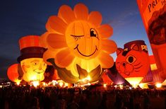 Balloon Glow at the Albuquerque Balloon Fiesta... such a cool thing