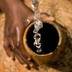 Charity Water // Charity Water brings clean and safe drinking water to people in developing nations, and of donations go to funding water projects. Charity Water, Safe Drinking Water, We Are The World, Non Profit, Fundraising, Social Media, Cleaning, How To Make, Inspiration