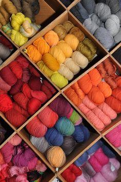 ♡ ༺༻Alltagsbunt༺༻♡ Shops, Bunt, Throw Pillows, Colour, Happy, Threading, Color, Tents, Toss Pillows