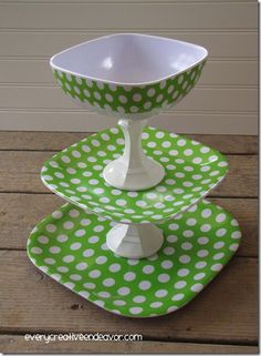 polka dot treat stand so cute and includes the diy