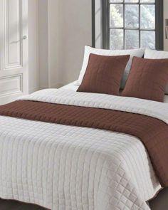 Hneda obojstranna prikryvka na manzelsku postel (1) Comforters, Blanket, Bed, Furniture, Home Decor, Creature Comforts, Quilts, Decoration Home, Stream Bed