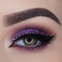 ---LOVE THIS THIN INSIDE CORNER---Bottom smudge line [in matt] looks nice with this lid color [same color, with glitter]. This eye is very nice. THIS EYEBROW IS TOO SQUARE.---DAY TIME EYE--Less dramatic bottom eye [light wet line].